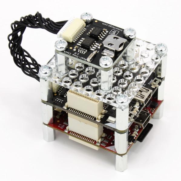 http://www.tinkerforge.com/de/doc/_images/Bricklets/bricklet_real_time_clock_red_master_600.jpg
