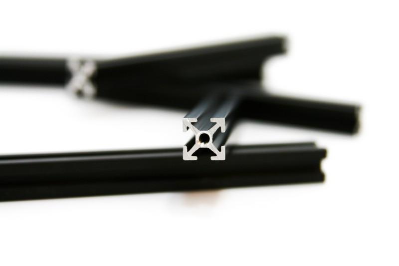MakerBeam 600mm, schwarz
