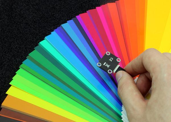 http://www.tinkerforge.com/en/doc/_images/Bricklets/bricklet_color_in_action_600.jpg